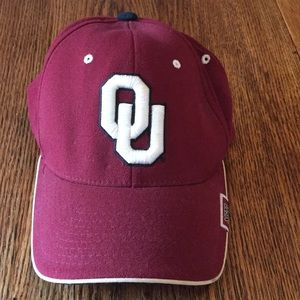 Oklahoma Sooners university baseball cap